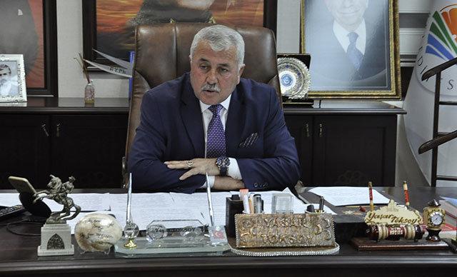 MHP'de ihraç istemiyle disiplin kuruluna sevk edilen Dörtyol Belediye Başkanı Yaşar Toksoy, partisinden istifa etti.