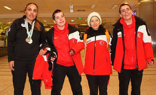 Fransa'da düzenlenen'2019 INAS Kayak Dünya Şampiyonası'na katılan Türkiye Özel Sporcular Spor Federasyonu Kayak Milli Takımı 2 bronz madalya alarak özel bir başarıya imza attı ve takım halinde dünya 3'ncüsü oldu.
