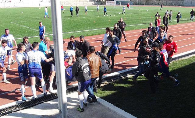 Maküspor ve Gölhisarspor arasında oynanan amatör küme play-off mücadelesi sonrasında çıkan olaylar nedeniyle futbolculara, 5 ila 12 maç arasında müsabakalardan men cezası verdi.