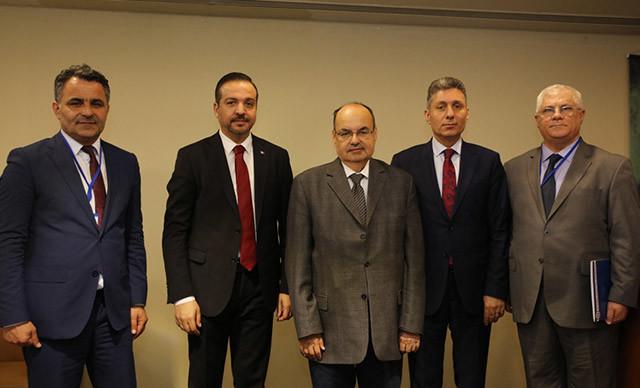 'Suriye ve Irak Türkmenleri Kongresi'nde konuşan Prof. Dr. Sait Yılmaz,