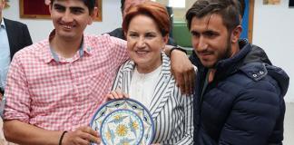 """İYİ Parti Genel Başkanı Meral Akşener, """"Bodrum atmosferi, inşallah Türkiye'nin her tarafında egemen olur. Bodrum'un böyle bir özelliği ve güzelliği var."""