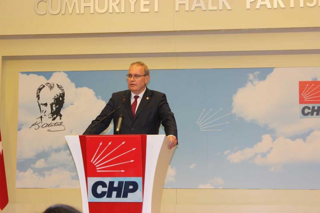 Öztrak düzenlediği basın toplantısında yaklaşık yarım saattir YSK'dan veri alımının kesildiğini ifade etti.