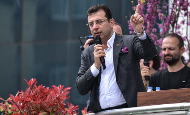 CHP İstanbul Büyükşehir Belediye Başkan Adayı Ekrem İmamoğlu, Kartal Belediyesi'ni ziyaretinin ardından burada toplanan vatandaşlara hitap etti.