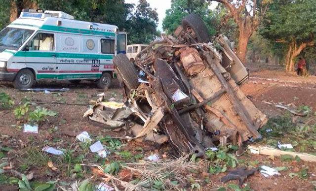 Hindistan Halk Partisi meclis üyesi Bhima Mandavi (40) ve 4 güvenlik görevlisi hayatını kaybetti.