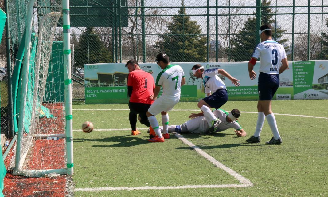 Çankaya Belediyesi Görme Engelliler Spor Kulübü futbol takımı yeni sezona galibiyetle başladı.