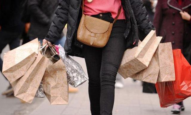 Tüketici güven endeksi, Mart ayındaki 59.4 düzeyinden, Nisan ayında yüzde 6.9 artışla 63.5 puana yükseldi.