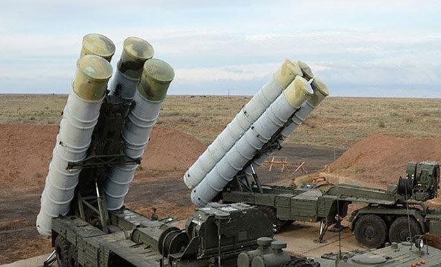 Rusya Savunma Bakan Yardımcısı Aleksandr Fomin, Türkiye'ye ilk S-400 sevkiyatının yakın zamanda gerçekleştirilmesinin planlandığını bildirdi.
